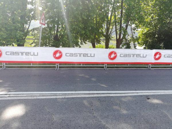 Nonwoven banner; Non woven banner printing; Baunetze; Endosvlies; Intissè; Decobanner; Banderole; Nappes; Bas de palette; Jupes